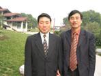 公刘子先生与韩国城信女子大学郑仁梧教授在一起
